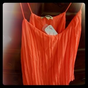 NWT Chic tank top, neon pink, size S
